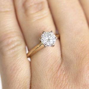 Кольцо с бриллиантом 1 карат из желтого золота - Фото 2