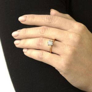 Кольцо с бриллиантом 1 карат из желтого золота - Фото 3