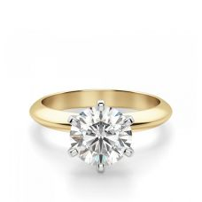 Кольцо с бриллиантом из желтого золота