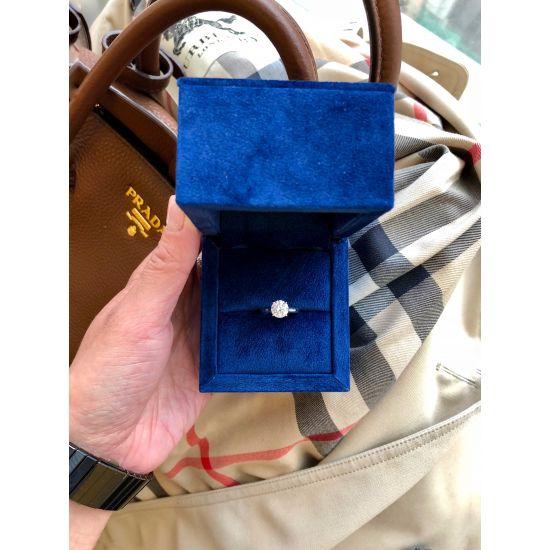 Кольцо с бриллиантом для помолвки из золота,  Больше Изображение 6