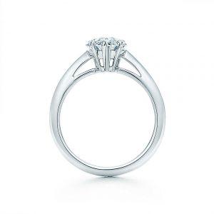 Кольцо с бриллиантом Груша из розового золота