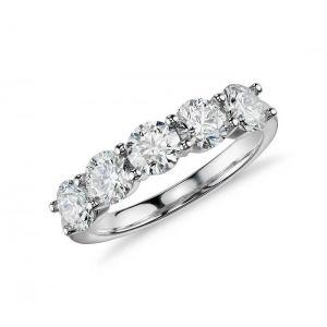 Кольцо с 5 бриллиантами