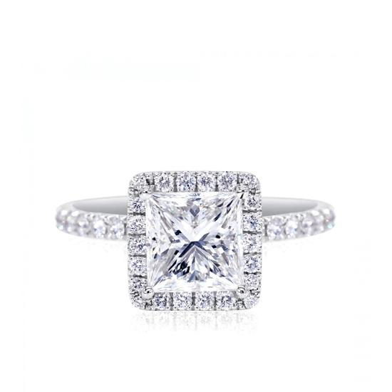 Классическое кольцо с бриллиантом Принцесса в паве, Больше Изображение 1