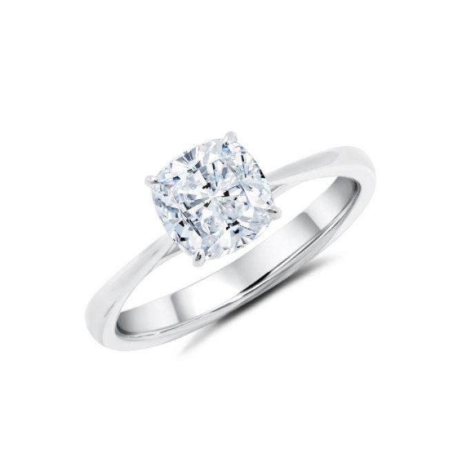 Кольцо с 1 бриллиантом огранки кушон