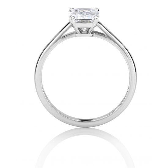Кольцо с 1 бриллиантом изумрудной огранки,  Больше Изображение 2