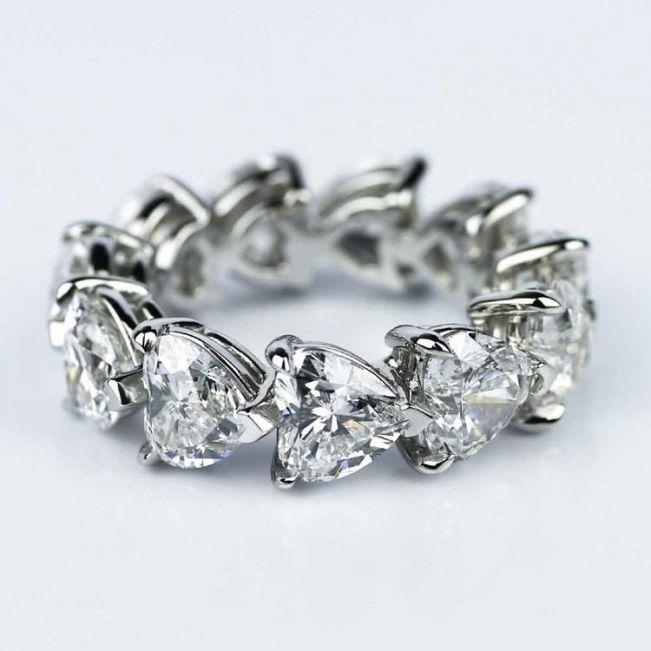 Кольцо дорожка из бриллиантов в форме сердца