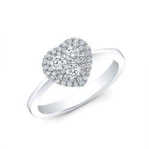 Кольцо с бриллиантами в форме сердца