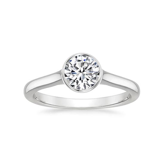Кольцо скруглым бриллиантом в глухой закрепке, Больше Изображение 1