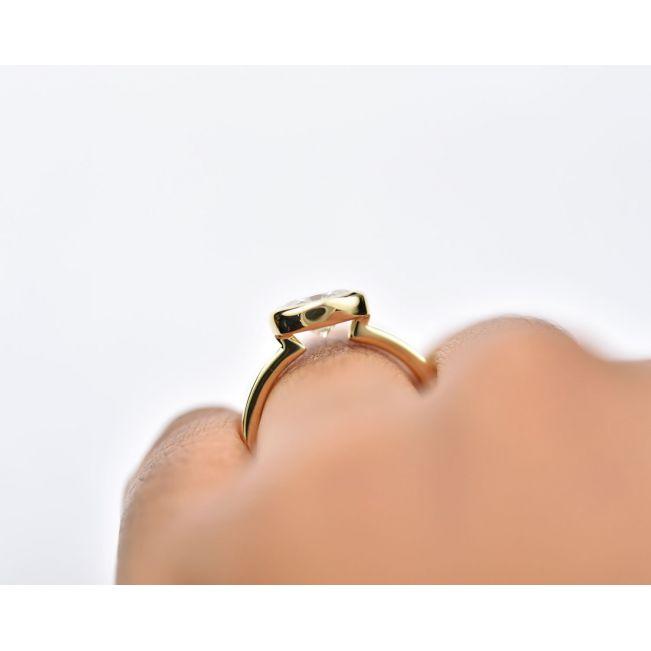 Кольцо с горизонтальным овальным бриллиантом - Фото 3