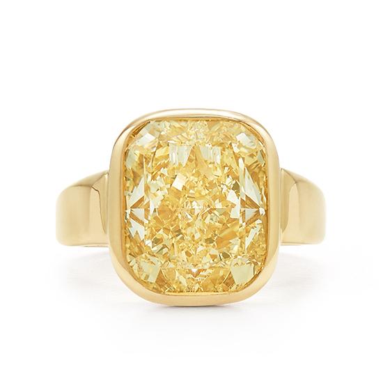 Широкое кольцо с желтым бриллиантом из желтого золота, Больше Изображение 1