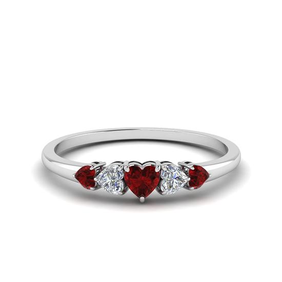 Кольцо с бриллиантами и рубинами в форме сердца, Больше Изображение 1