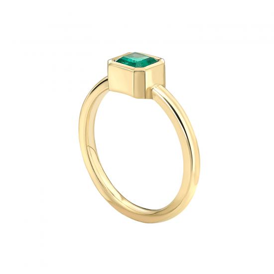 Стильное кольцо с изумрудом из желтого золота,  Больше Изображение 2