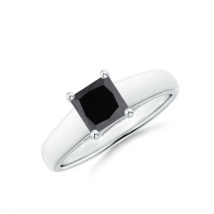Кольцо с черным квадратным бриллиантом 1 карат