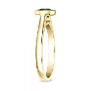 Кольцо с черным бриллиантом 1 карат