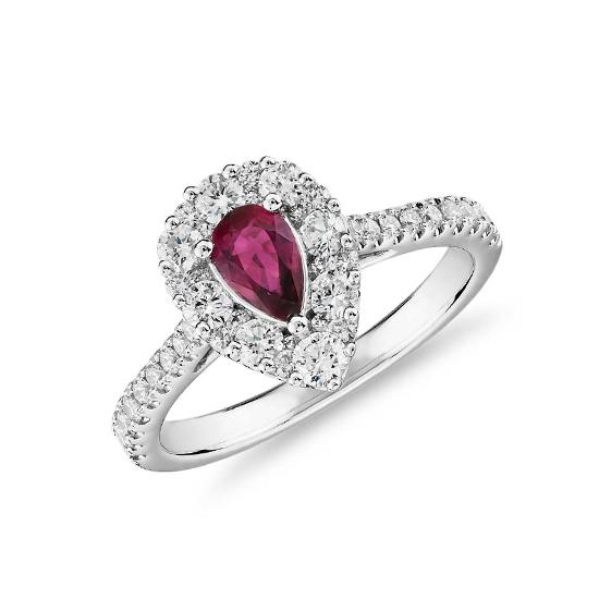 Кольцо с рубином и широким ореолом бриллиантов, Больше Изображение 1