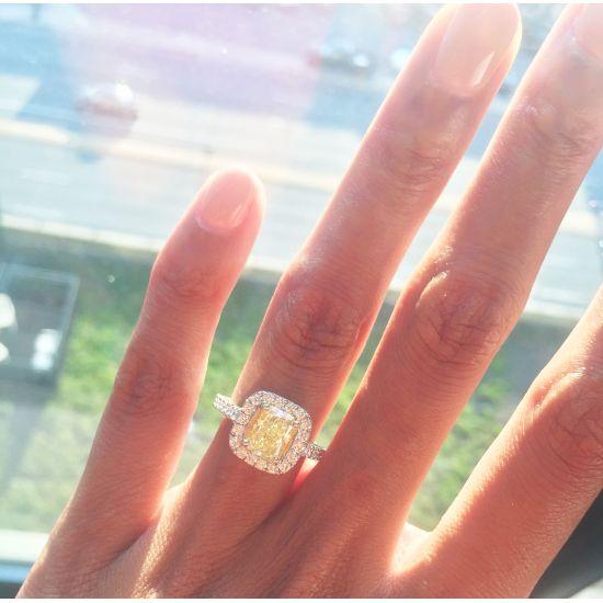Кольцо с желтым бриллиантом 1.00 карат,  Больше Изображение 3