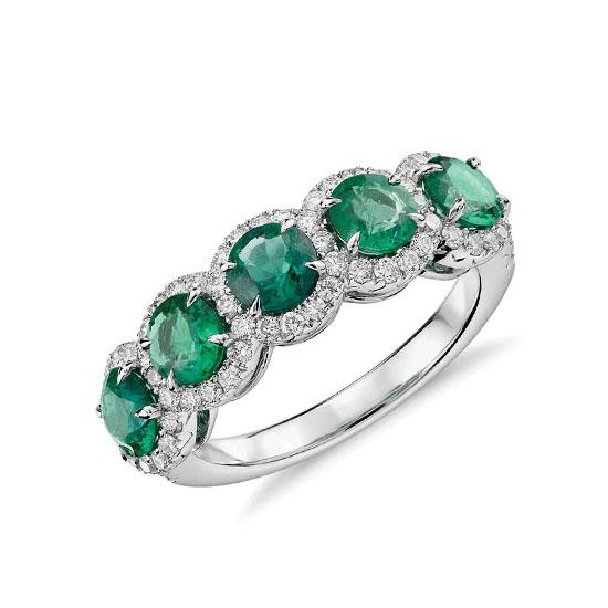 Кольцо с 5 изумрудами в бриллиантовых ореолах, Больше Изображение 1