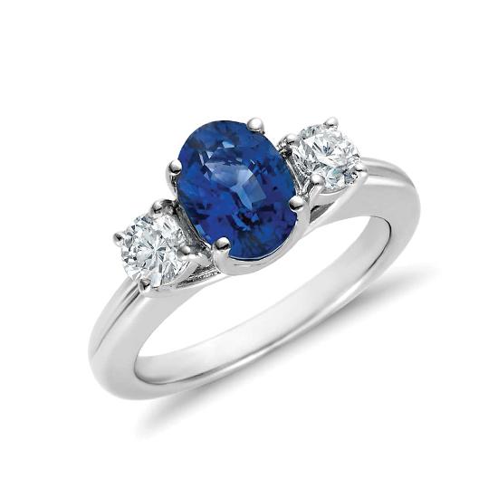 Кольцо с сапфиром и бриллиантами, Больше Изображение 1