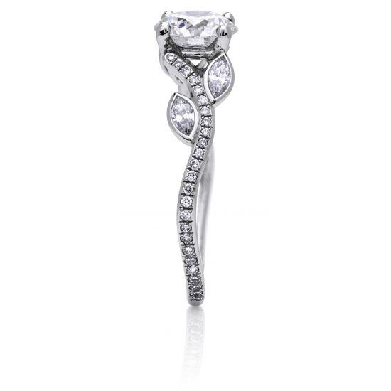 Кольцо с бриллиантом и веточками из бриллиантов по бокам,  Больше Изображение 3