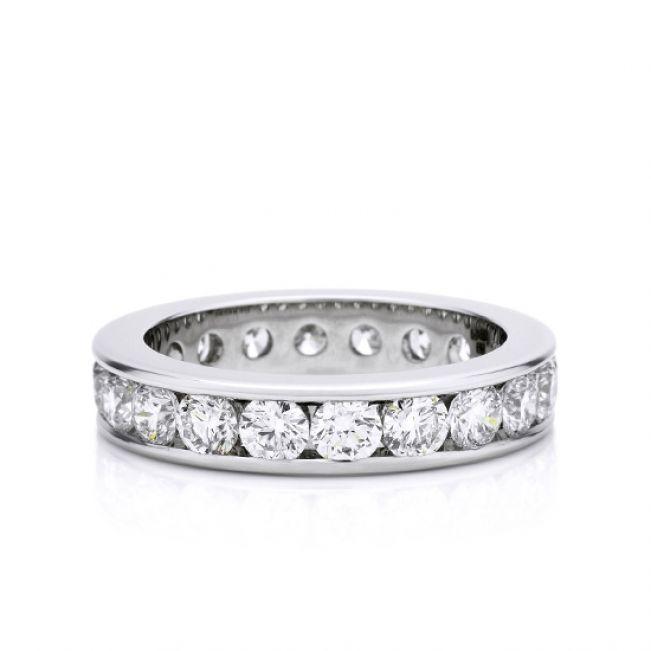 Кольцо дорожка из бриллиантов в канальной закрепке