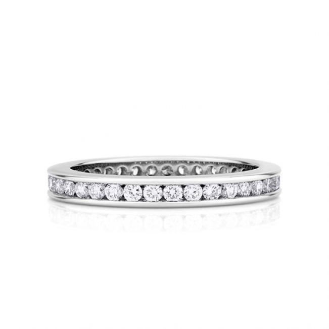 Кольцо дорожка из круглых бриллиантов в канальной закрепке