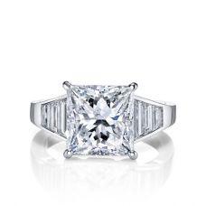 Кольцо с бриллиантом Принцесса и багетами в стиле ар-деко