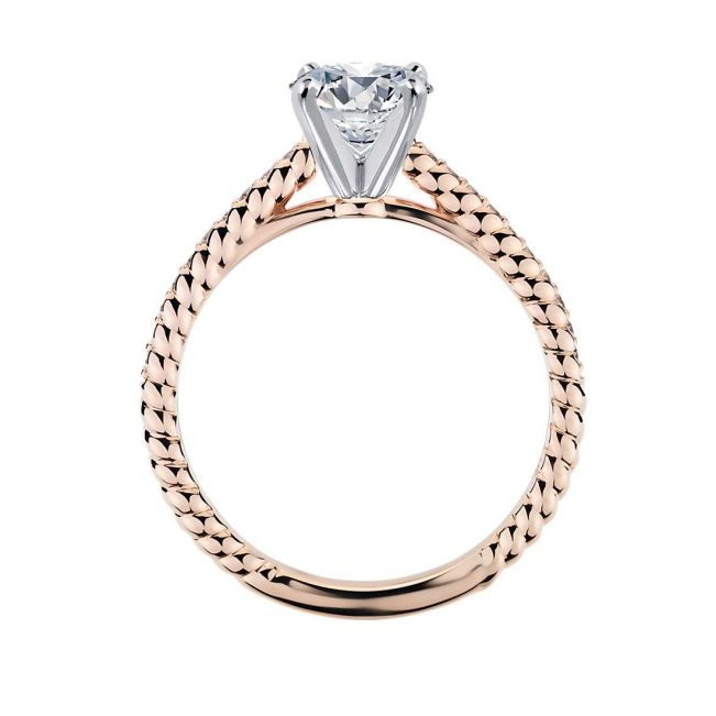 Кольцо шариками с бриллиантом и дорожкой