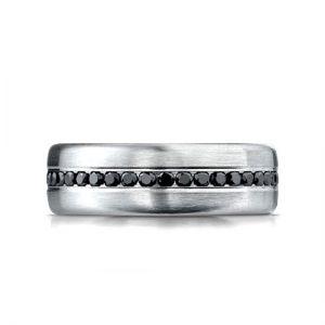 Мужское кольцо дорожка с черными бриллиантами