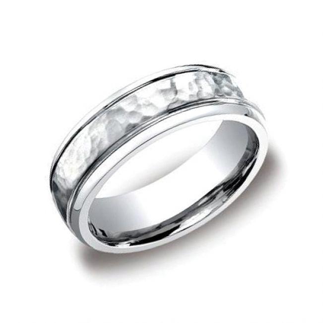 Мужское кольцо из золота с фактурой