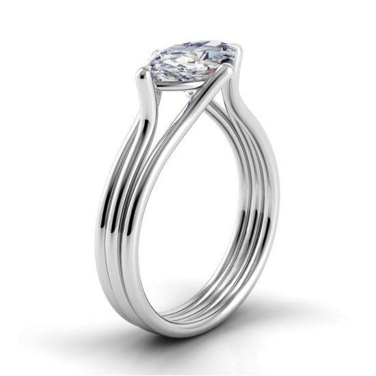 Дизайнерское кольцо с центральным бриллиантом огранки маркиз,  Больше Изображение 2