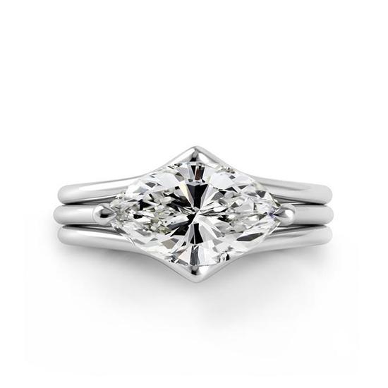 Дизайнерское кольцо с центральным бриллиантом огранки маркиз, Больше Изображение 1