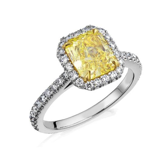 Кольцо с желтым бриллиантом в ореоле из белых бриллиантов, Больше Изображение 1
