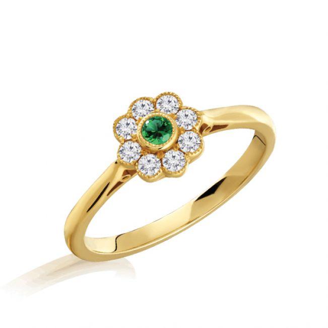 Кольцо с изумрудом в окружении бриллиантов Цветок