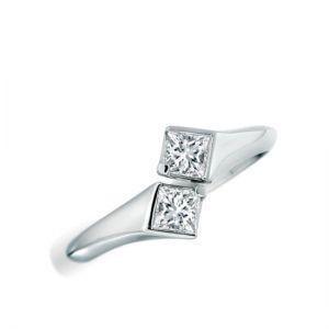 Кольцо с 2 квадратными бриллиантами
