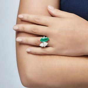Кольцо с изумрудом и бриллиантом Маркиз