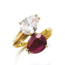 Кольцо с рубином и бриллиантом Груша