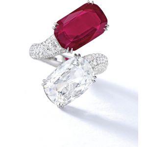 Кольцо с рубином и бриллиантом