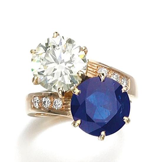 Кольцо с круглым бриллиантом и сапфиром, Больше Изображение 1