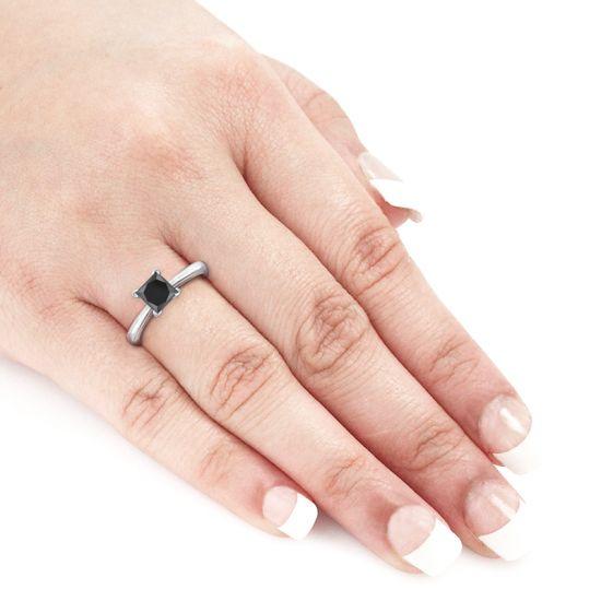 Кольцо из белого золота с черным бриллиантом квадрат,  Больше Изображение 5