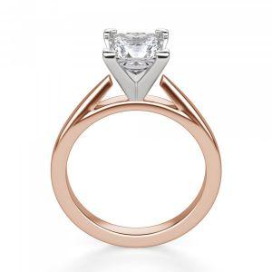 Кольцо в розовом и белом золоте с квадратным бриллиантом