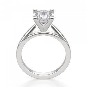 Кольцо с квадратным бриллиантом
