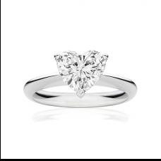 Кольцо с бриллиантом в форме сердца от 0.50 карат