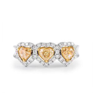 Кольцо с 3 желтыми бриллиантами Сердечки