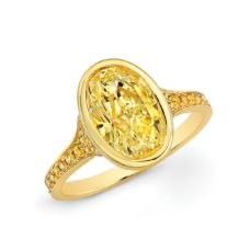 Кольцо с овальным желтым бриллиантом