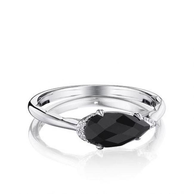 Кольцо с черным бриллиантом огранки капля