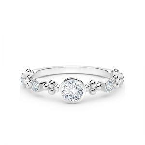 Оригинальное кольцо с бриллиантами