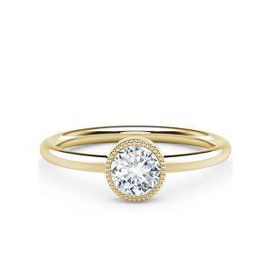 Кольцо с бриллиантом в глухой закрепке