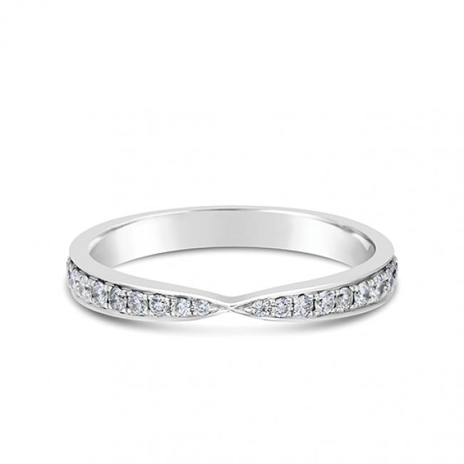 Кольцо дорожка с бриллиантами «бантик»