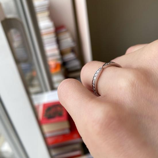 Кольцо дорожка с бриллиантами «бантик»,  Больше Изображение 3