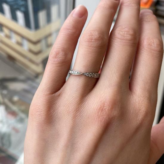 Кольцо дорожка с бриллиантами «бантик»,  Больше Изображение 2